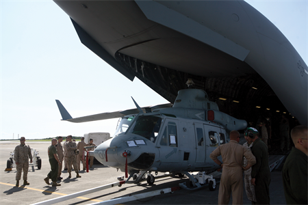 UH-1Yヴェノム普天間基地2012